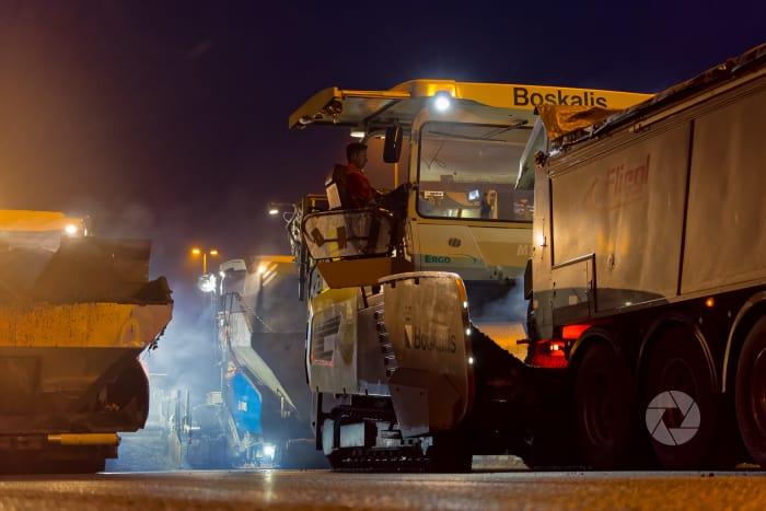 SAAone: asfalteren A6 bij Holllandse brug