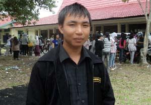 """Arbendi I. Tue, penulis buku Antalogi Puisi """"Potret Negeriku"""" Lukisan Tiga Jaman. (Photo: Pnet)"""