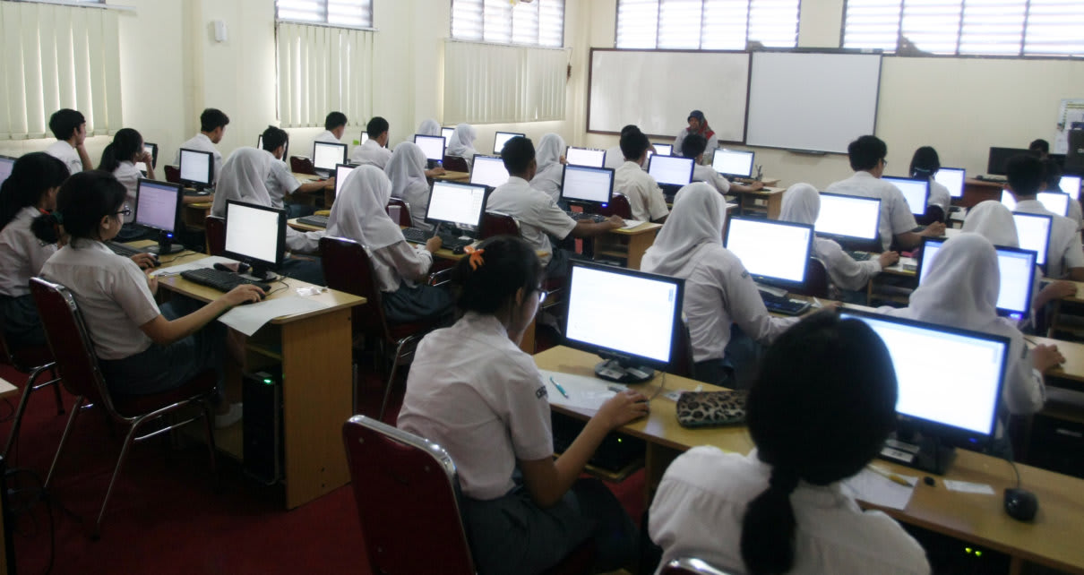 8 Sekolah Tingkat Pendidikan Menengah di Palangka Raya Akan Ikuti Ujian Nasional Berbasis Komputer Tahun 2016