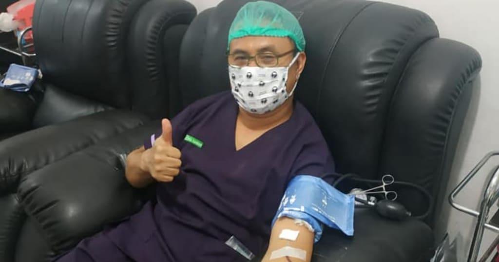 Dokter Kandungan Ini Donorkan Darahnya Sendiri untuk Pasien