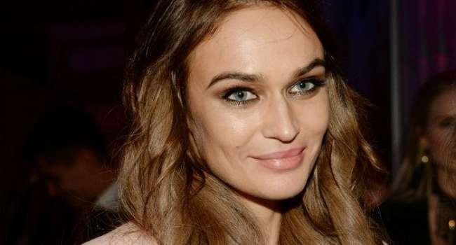 «В**бите уже эту старуху»: Алена Водонаева вызвала споры в сети откровенными фото, на которых засветила огромную грудь