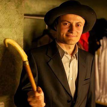 Антон Петрина - актёр театрального дома «Старый Арбат»