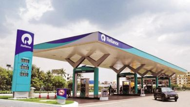 Photo of Not just mobile services, even Reliance petrol pumps will have 'Jio' brand on them