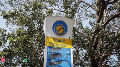 Photo of BP, Total not to bid for BPCL; investors weigh inflexible locations, labour laws with market access