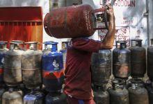 Photo of Modi's Ujjwala LPG scheme faces 'affordability' problem, not 'availability': SBI Ecowrap