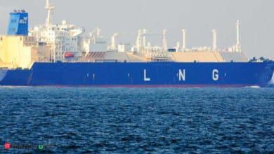 Photo of India's 1st floating LNG storage & regasification unit arrives in Maharashtra