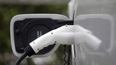 Photo of EESL ties up with BSNL to set up 1,000 EV charging stations