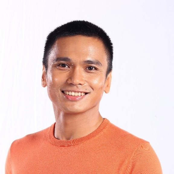 Louie Sangalang – Philippines