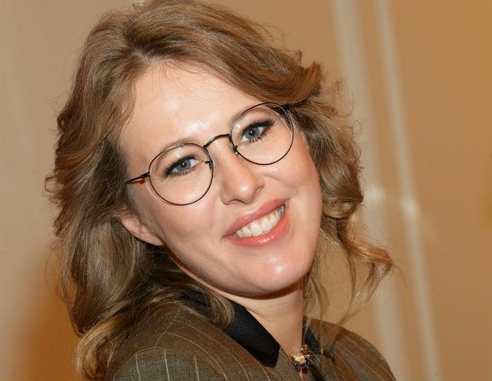 Мех и кожа: Ксения Собчак предстала в эффектном образе