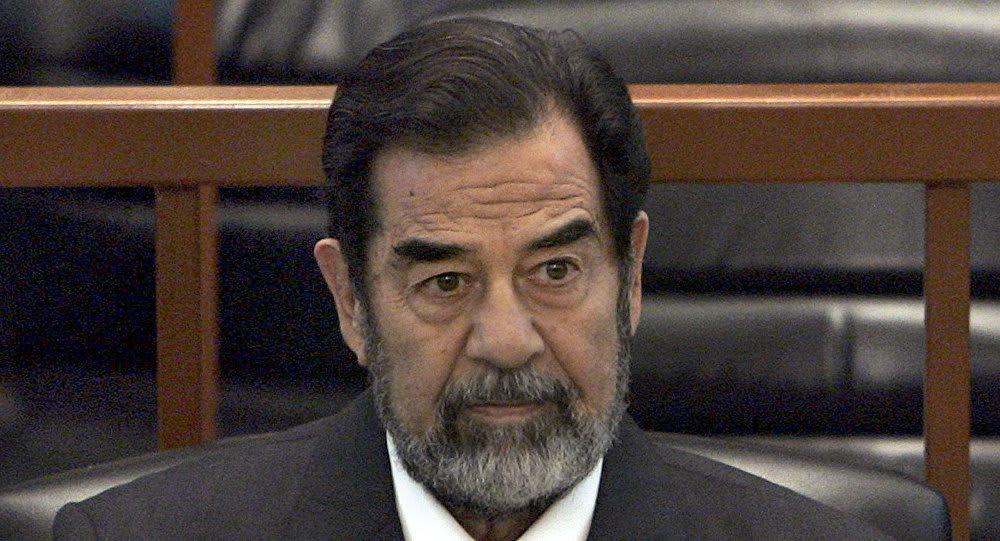 دروس يقدمها صدام حسين للمستقلين