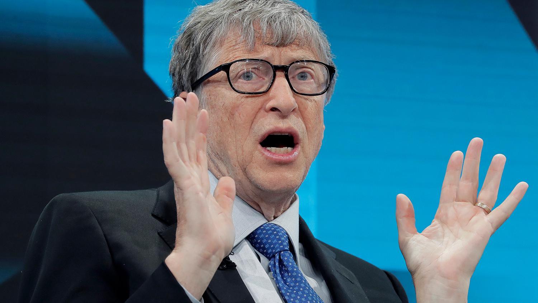 Дико и странно: Билл Гейтс рассказал все о чипировании людей