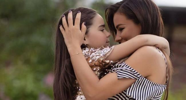 «Спасибо любимому крестному»: Ани Лорак показала, какой праздник устроила дочери вместе с Киркоровым