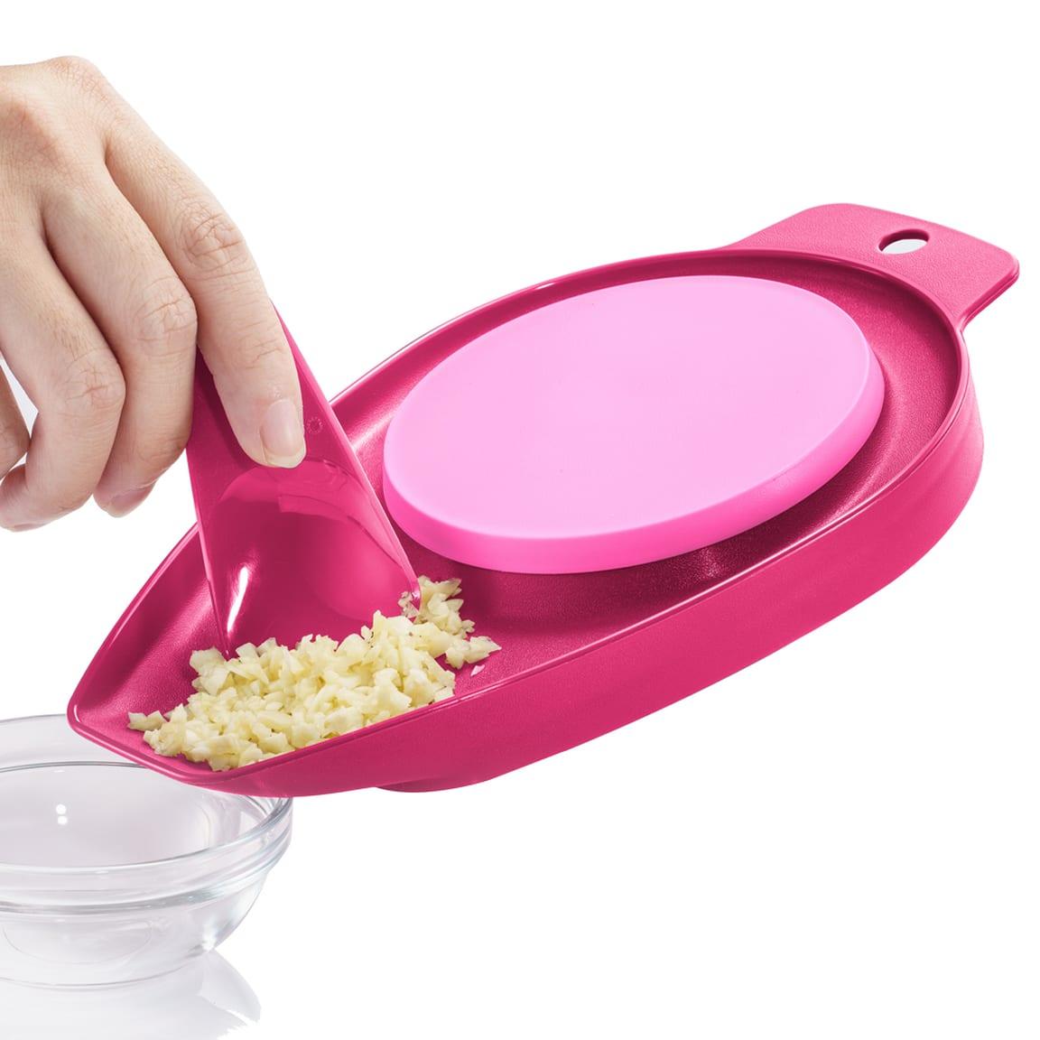 PWP: Chop N Pour (1)