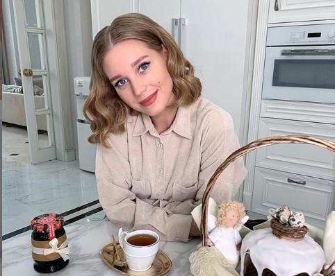 Располневшая ради роли Кристина Асмус не может перестать есть