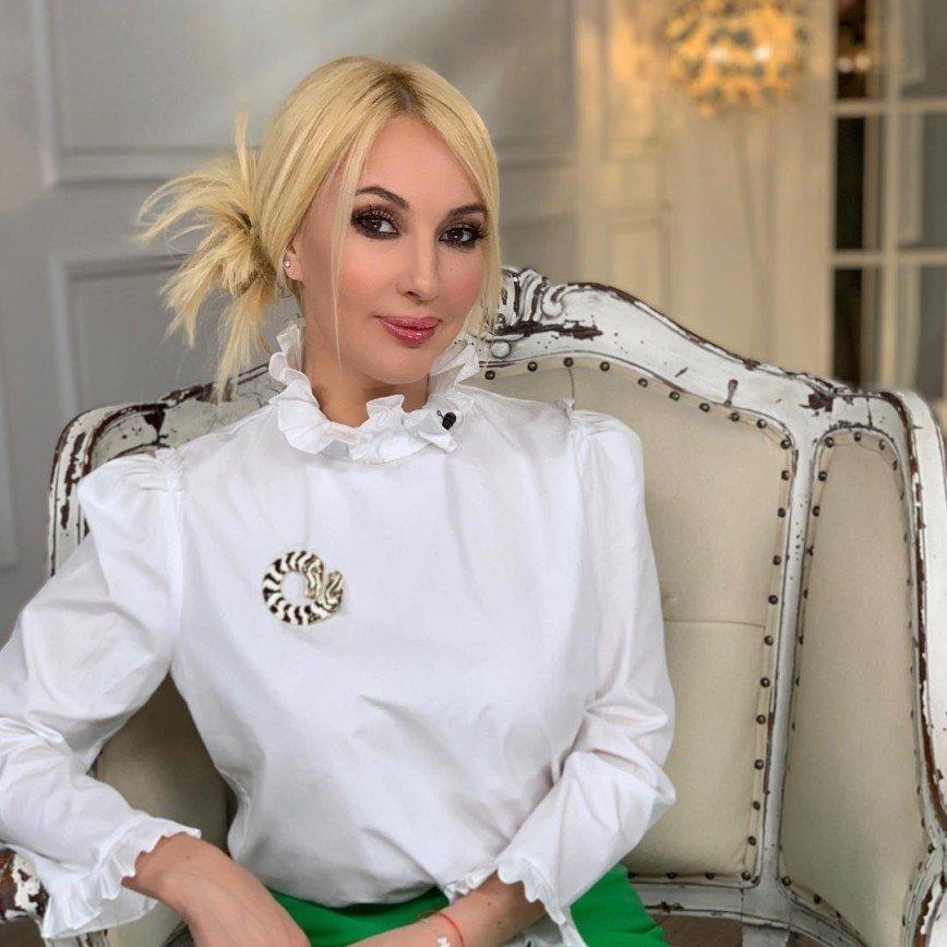 Встретимся в вытрезвителе! Лера Кудрявцева и Гарик Харламов высмеяли слухи о своем алкоголизме