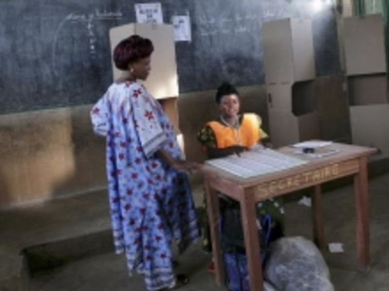 DRC Woman Voting