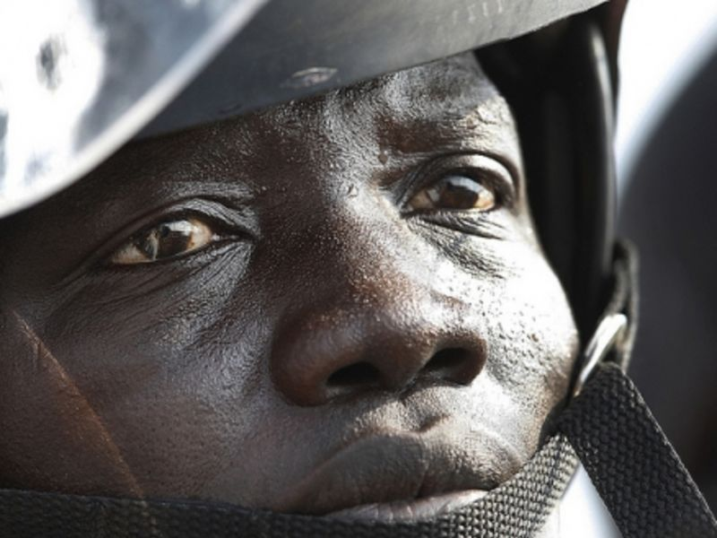 Member of a security detail in South Sudan (Photo: Steve Evans)
