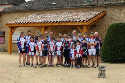 Groupe de VTT en vacances au Bosc Negre