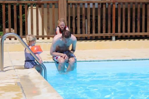 verwarmd zwembad in de Dordogne