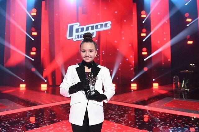«Миллион алых роз» принес победу в «Голос. Дети» Олесе Казаченко