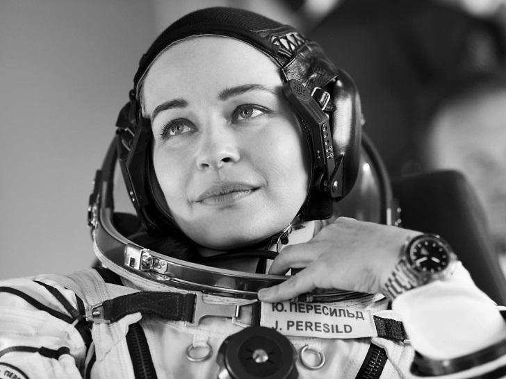 «Никаких следов от подушки»: Юлия Пересильд рассказала о чудесах космического сна