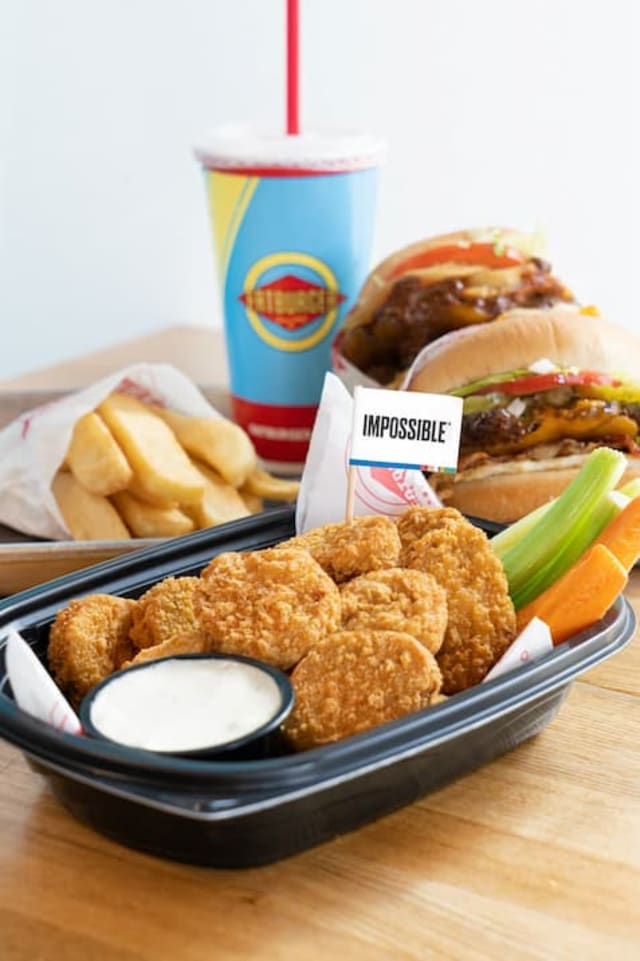 Fatburger Impossible Chicken Nuggets on a tray