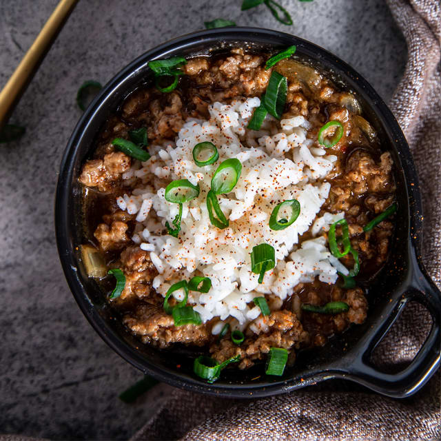Chef Darius Williams cooks up Impossible™ Gumbo, prepared with Impossible™ Burger, made from plants.