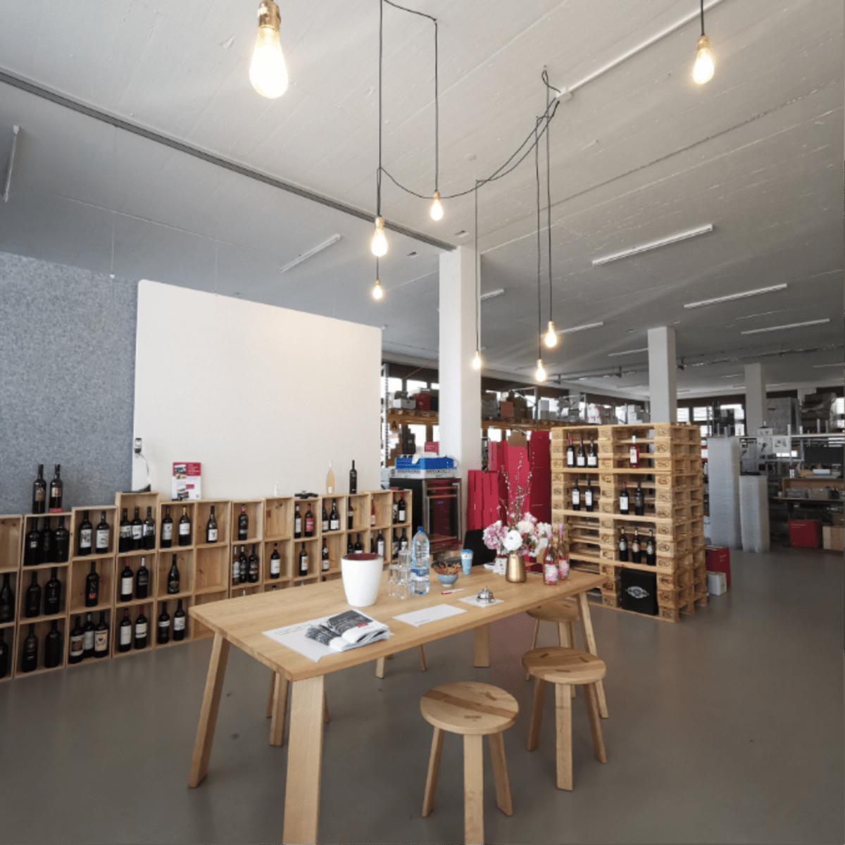 Degustationsstisch - Warehouse Store
