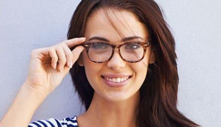 D-Gleitsichtbrille-Tragebeispiel-447x257