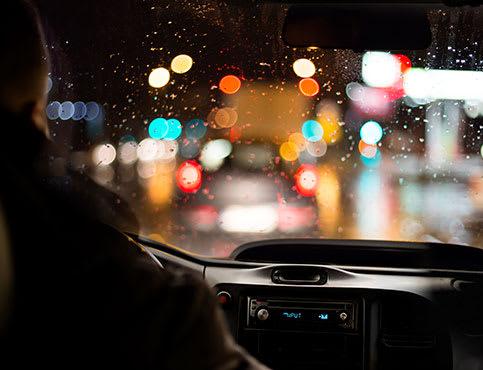 Schlechte Sichtverhältnisse im Straßenverkehr