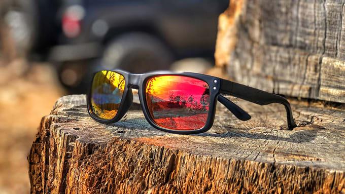 Verspiegelte Sonnenbrillen-Gläser