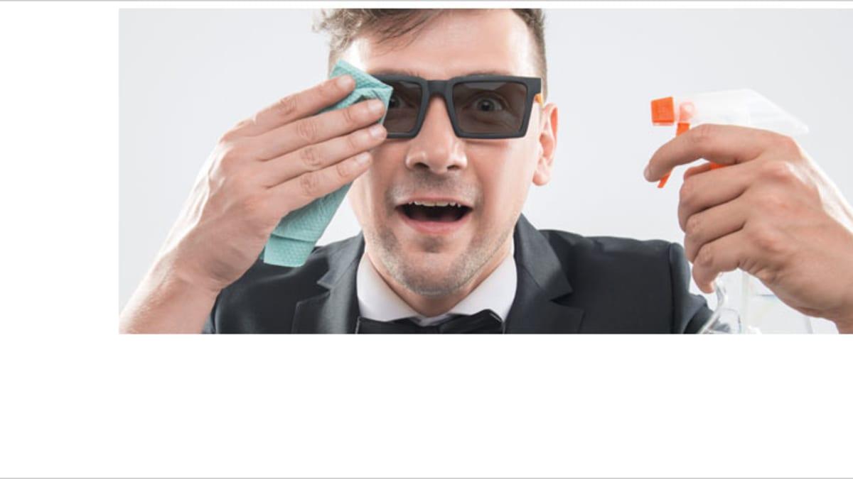 Keine chemischen Reinigungsmittel für die Sonnenbrille verwenden