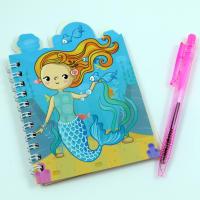 Bloček malá mořská panna s rybičkou v ruce
