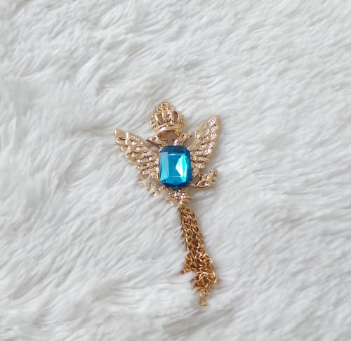 Gold Eagle winged brooch