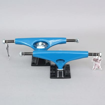 Krux 8.25 K5 Standard Skateboard Trucks Blue / Black