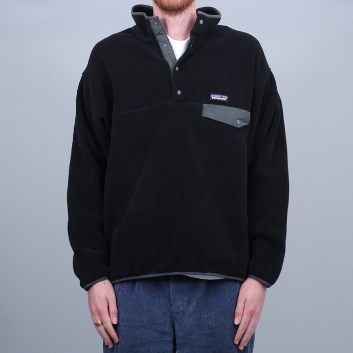 Patagonia Synchilla Snap T Fleece Pullover Black W / Forge Grey