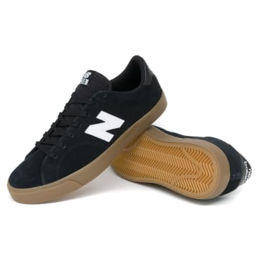 New Balance AM210 Shoes - Black/Gum