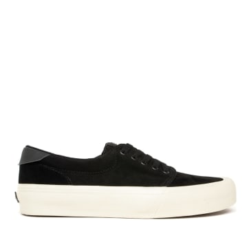 Straye Fairfax Suede Skate Shoes - Black / Bone
