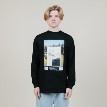 Quasi Exhibition L/S (Black)
