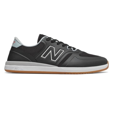New Balance Numeric 420 Skateboarding Shoe - White/Black