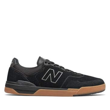New Balance Numeric 913 Skate Shoe - Black / Gum