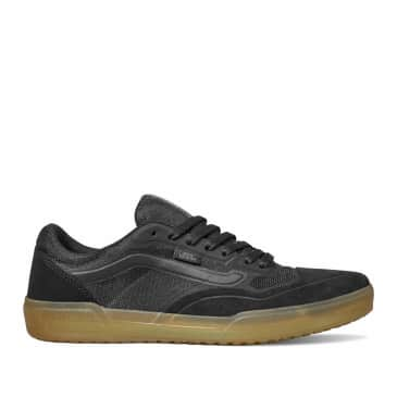 Vans AVE Pro Skate Shoes - Black / Gum