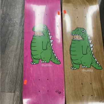 Thumbs NYC Dinodeck