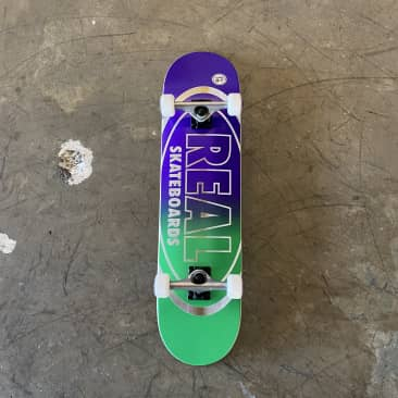 Real - Team Edition Oval Complete Skateboard - 8.25