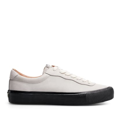 Last Resort AB VM001 Suede Lo Skate Shoes - White / Black