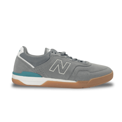 New Balance Numeric 913 Skateboarding Shoe