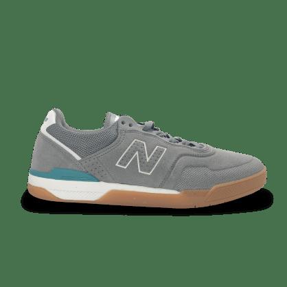 New Balance Numeric 913 Skateboarding Shoe