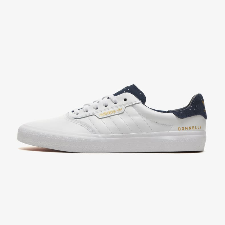 Pakistán limpiador corto  adidas 3MC Vulc Jake Donnelly - Cloud White/Collegiate Navy/Gold Metallic |  Parade