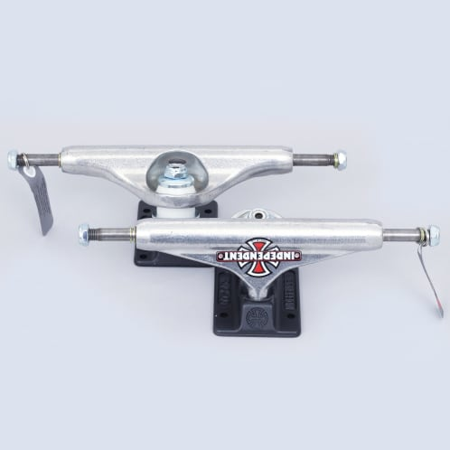 Independent 149 Hollow Forged Vintage Cross Trucks Silver / Black (Pair)