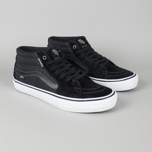 c70d87b29537c2 Vans x Anti Hero Sk8-Mid Pro Shoes Grosso Black
